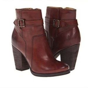 Frye Patty Riding Bootie Brown Leather Heels 7
